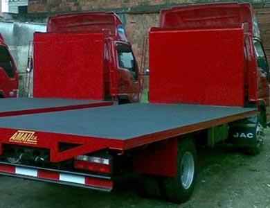 Servicio de transporte de Fruta y/o materiales agrícolas con Camiones plataforma, semitrailer y tráiler