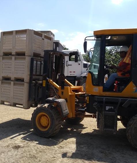 Transporte de acopio en campo a Planta de Proceso.